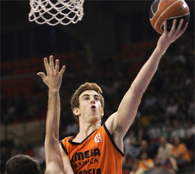 Roundup: Claver Flying Over the ACB Playoffs